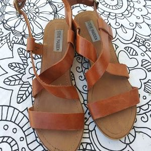 Steve Madden Shoes - Steve Madden brown leather. Strappy sandals